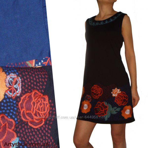 Платье трикотажное вышивка