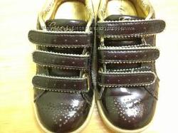 Кроссовки для девочки, кожа, GUESS разм. 25