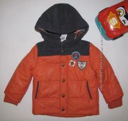 Легкая, весенняя  куртка для мальчика от C&A р. 80