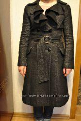 Теплое деми пальто. Размер М примерно 46 р. Состояние отличное