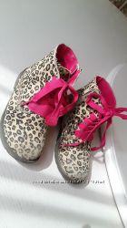 Ботинки розовые лео Childrens Place 28 размер, 10 размер, стелька 17, 5 см,