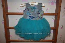 Очень красивое платье для вашей девочки.