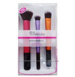 Real Techniques Travel Essentials Brush Set набор из 3 кистей для макияжа