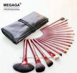Профессиональный набор кистей для макияжа  MEGAGA Professional 18 пр.