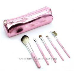 Coastal Scents Metallic Pink Brush Roll. Набор кистей 5 пр.