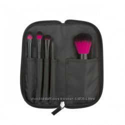 Coastal Scents Color Me Fuchsia Brush Sett.