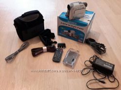 Цифровая видеокамера Sony DCR-HC22E.