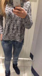 обьемный стильный свитер Reserved