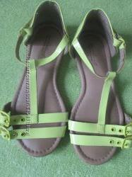 Наша летняя обувка-босоножки- ZARA р. 29- 18, 3 см вся стелька и др. босого