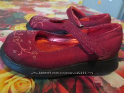 Нарядные туфельки NEXT   р. 6-- 24 и кроксы   - 16. 5 см