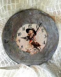 Часы  Кукла