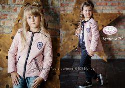 Весенняя розовая куртка для девочки