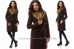Пальто с воротником