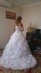 Шикарное платье ручная работа, копия Allure bridal США. Размер 42-46