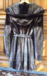 Итальянская норковая шуба с огромным капюшоном длина 85 см