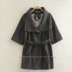 Дуже гарне пальто з трьохчетверним рукавом
