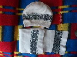 шапка берет с шарфом