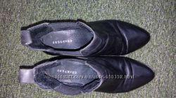 ботинки кожа, Reserved демисезон в отличном состоянии 39р на 24, 5см
