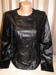 Тоненькая куртка GAP - размер S