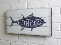 Картина на доске tuna fish.
