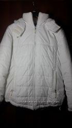 Курточка белого цвета