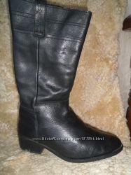 Отличные стильные кожаные испанские сапожки Sixtyseven