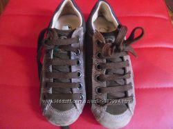 Очень стильные итальянские кроссовки Naturino, Оригинал.