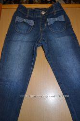 Продам деми джинсы на девочку Gymboree  р-р 2Т