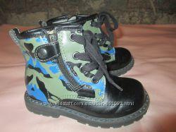 Ботинки  Chicco 23 размер милитари