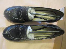 Туфли женские CLARKS 39р- 5. 5 UK