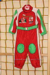 Яркий комбинезон на мальчика тачки карнавальный новогодний костюм