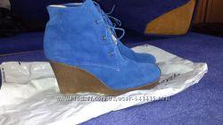 Ботинки р. 40 новые