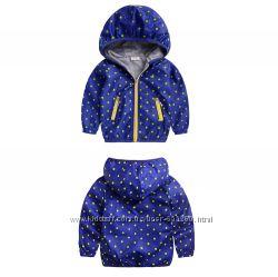 стильная курточка мальчик 106-110см