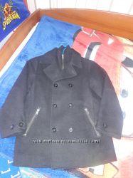 Пальто на мальчика.