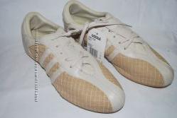 Фирменные кеды Adidas, 9 размер