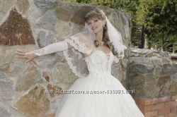 СРОЧНОШикарное и счастливое платье в идеальном состоянии