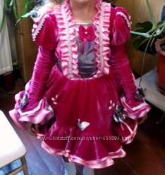 Малиновое платье-костюм на девочку 7-9 лет