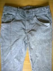 Стильные  вельветовые брюки BENETTON, разм. 158 см