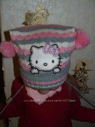 Симпатюличка шапочка Hello Kitty на девочку 2-3 годика