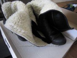 Черные женские сапоги 39 размер продам или отдам нуждающимся