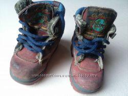 Подарю ботинки и босоножки  для двора