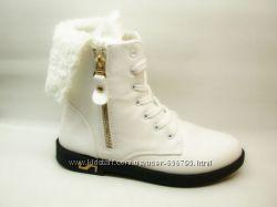 Ботинки зимние белые