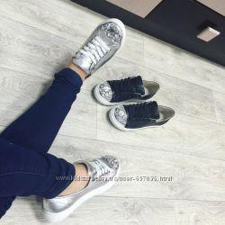 Кеды Слипоны на шнурках натуральная кожа, носочек в камнях