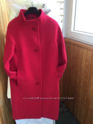Пальто красивенное новое