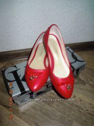 Красные кожаные балетки р. 37