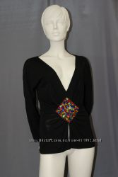 Блуза с декольте Dolce&Gabbana вышивка кристаллы