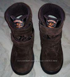 зимние ботинки на овчине Naturino, 30 размер, отличное состояние.