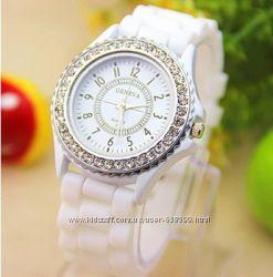 Женские наручные  часы Geneva Crystal