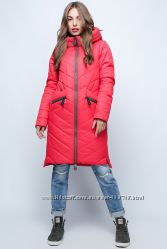 Яркая женская куртка фирмы Prunel