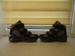 ботинки LOWA